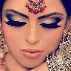 namaste make up